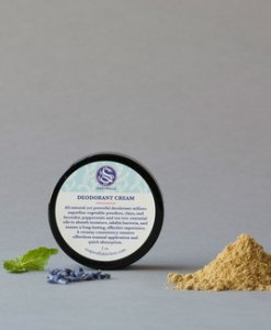 This deodorant cream utilises superfine vegetable powders, clays, and lavender, peppermint and tea tree essential oils to absorb moisture, inhibit bacteria, and ensure a long-lasting and highly effective experience.