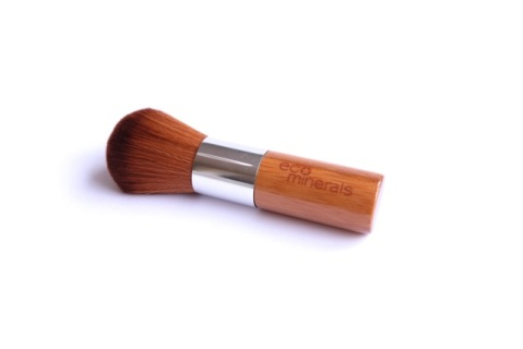 ECO MINERALS SUPER SOFT VEGAN KABUKI BRUSH