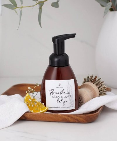 SANTOSA FOAMING HAND WASH – LAVENDER + GRAPEFRUIT
