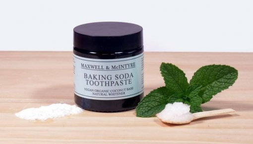 MAXWELL & MCINTYRE BAKING SODA COCONUT OIL TOOTHPASTE
