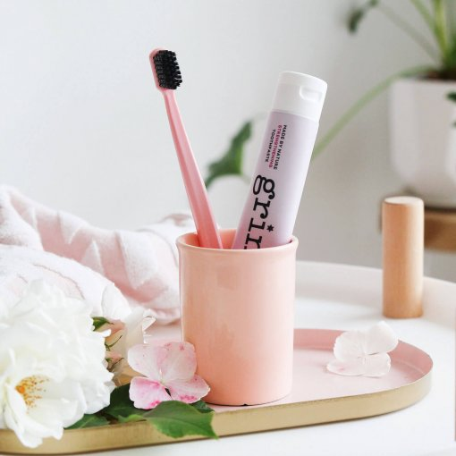 GRIN CHARCOAL-INFUSED BIODEGRADABLE TOOTHBRUSH *ROSE PINK*