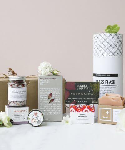 Oh Natural Pamper Deluxe Gift Box