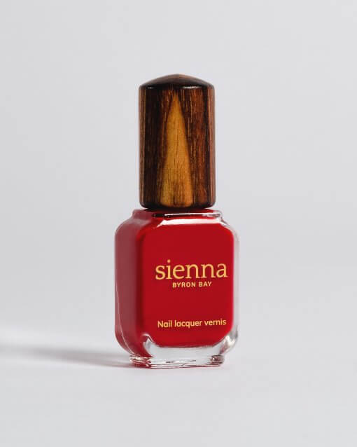 Sienna Nail Polish Tempest apple red